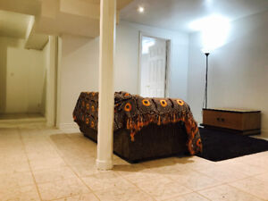 Spacious 2+1 Fully Equipped Basement in Maple【All Inclusive】