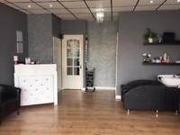 BEAUTY ROOM TO RENT.