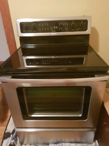 Cuisinière en stainless / Stainless steel oven