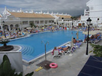 Tenerife Apartment in beautiful holiday complex with 2 pools, resturant, shop gym etc