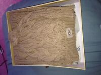 Ugg scarf and hat box set in brown