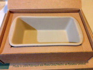 PAMPERED CHEF STONE LOAF PAN