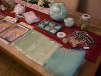 WEDDING TABLE ACCESSORIES IN MINT AND CREAM