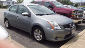 2010 Nissan Sentra 43,000 kms PRICED TO SELL