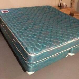 King Size Bed (Mattress, Box Spring, Metal Frame)
