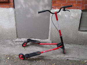 2 VERY GOOD SCOOTERS / CHEAP