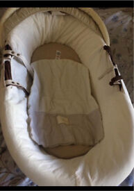 Mint condition baby cot and rocker*** Needs to go asap**!!' Bought from mothercare!!!**