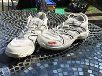 Gray Nicholls Size 7 Cricket Shoes and with grass and conversion spikes