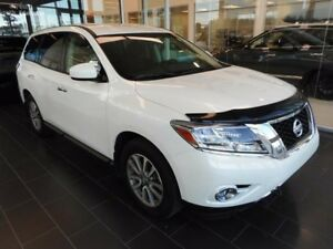 2015 Nissan Pathfinder S, One Owner, Accident Free, Local Vehicl