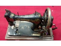 ANTIQUE SINGER SEWING MACHINE ANTIQUE FOR SPARES OR REPAIR AVAILABLE FOR SALE
