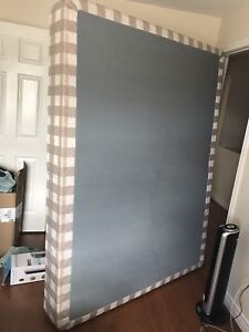 Box spring for double/queen