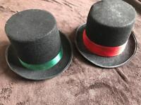 2x top hats