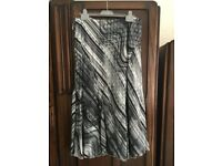 Ladies Black and white Skirt