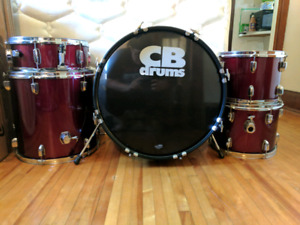 CB SP Series Drum kit w/ hardware & music stand, no cymbals