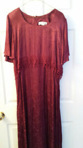 Bridesmaid dress, size 20 (USA) burgundy.
