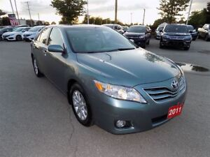 2011 Toyota Camry XLE... LEATHER.. NO ACCIDENTS
