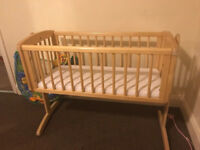 Baby swinging crib with mattress - already dismantle