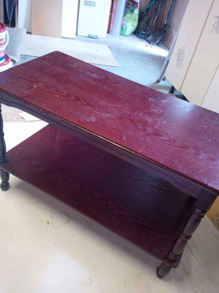 Coffee table Diningsitting room coffee tablein Dewsbury, West YorkshireGumtree - Coffee table Dining / sitting room coffee table used before but in good condition. with wheels so easy to move around