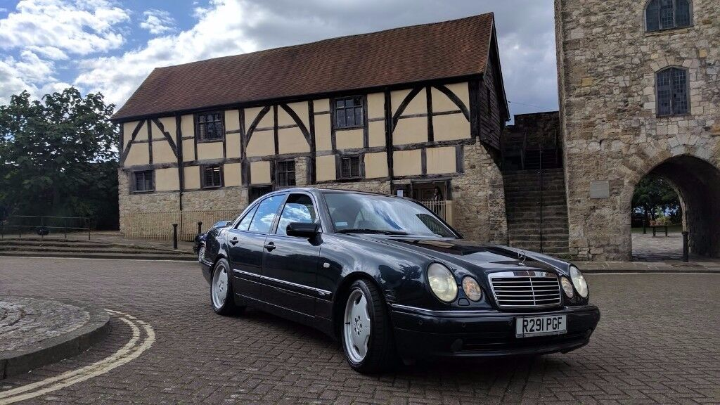 1998 mercedes benz e55 amg w210 5 5 v8 129k fsh black saloon sport classic 354bhp luxury in. Black Bedroom Furniture Sets. Home Design Ideas