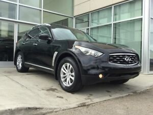 2010 Infiniti FX35 HEATED AND COOLED SEATS/BACK UP MONITOR/SUNRO