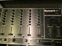 Numark DM1720SE inc flightcase