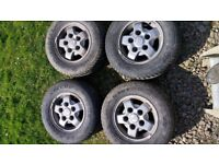 Landrover alloy wheels and nuts