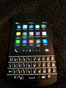 Rogers Blackberry Q10 For Sale