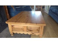Solid wood mexican pine coffee table with two drawers