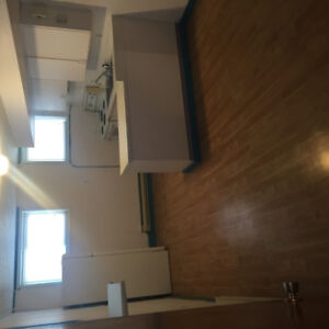 Convenient location in downtown close to all amenities