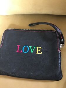 Roots Leather LOVE zippered pouch