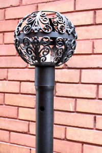 Cast Iron Lamp Post/ Light Pole with Antique Style Light Shade