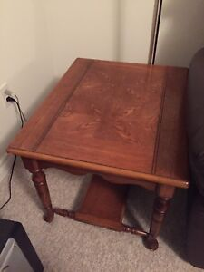 2 matching solid wood side tables