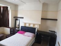 BEAUTIFUL,VERY LARGE AND FURNISHED GROUND FLOOR ROOM. AVAILABLE IMMEDIATELY JUST £200 TO SECURE.