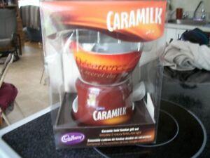Ensemble à fondue au chocolat Caramilk complet.