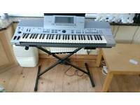 Technics SX-KN6500 synthesiser / organ with stand