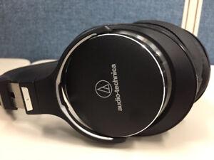 Audio-Technica - MSR Noise-Cancelling headphones