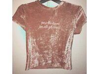 Velvet H&M Tshirt, Size S