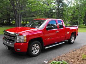 2007 Chevrolet LT Pickup Truck