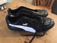 Puma King football boots size 9