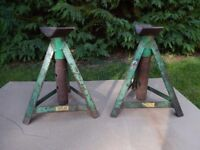 Pair of heavy duty Axle Stands.