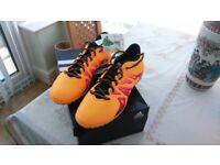 Solo gold foot/ball boots size 7 Boxed