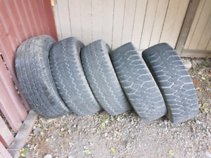 5 LT 265/75R16 all terrain tires