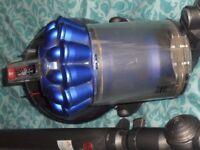 vacuum cleaner - dyson dc49