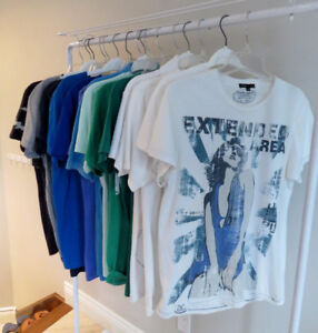 TShirt pour Hommes/Mens Med. Armani, Diesel, Lacoste, Lucky 7