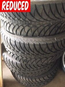 Good Year UltraGrip ICE WRT  275 55R20s 2000km Excellent Cond.