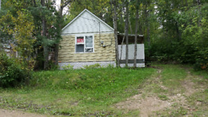 NICE LOCATION!  MAREAN LAKE TITLED LOT AND CABIN