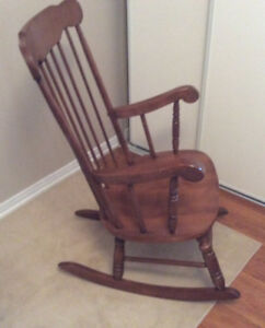 Canadian made rocking chair in excelent condition $45.00
