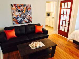 BEAUTIFUL 1 BDRM FURNISHED APT 1 BLOCK TO HOLLAND COLLEGE SEPT 1