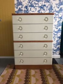 Mid Century Chest of Drawers - Vintage / Retro