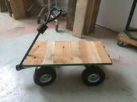Flatbed pallet trolley